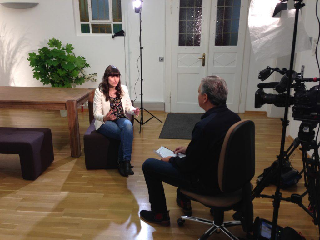 Dana Melanie Schramm im Gespräch mit RTL Aktuell